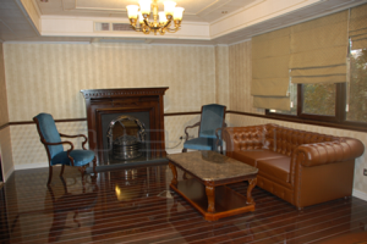 ۴ اداری بازسازی دفتر فروش 4  t